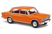 Автомобиль ВАЗ-2103 Жигули. Оранжевый