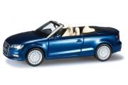 Автомобиль Audi A3 Cabrio, синий