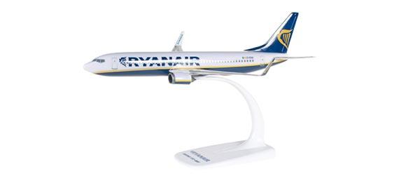 Самолет Boeing 737-800 Ryanair