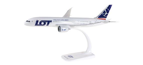 Самолет Boeing 787-800 LOT