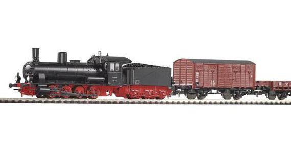 Паровоз G7.1 и грузовой поезд